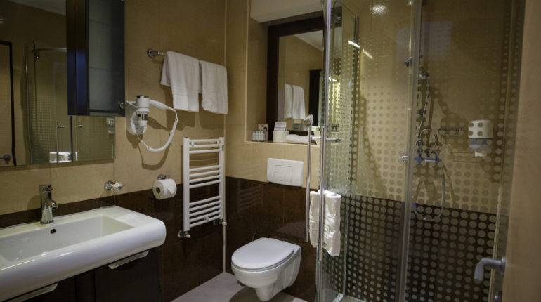 z executive boutique hotel city view room (7)