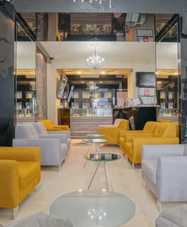 Z Executive Boutique Hotel lounge